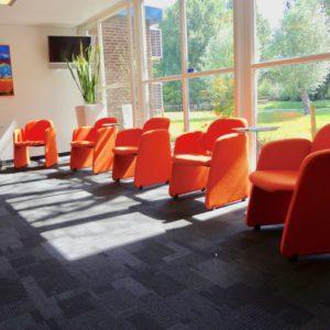 Project Kantoor ontvangst stoelen herstofferen