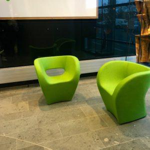 Moroso fauteuil herstofferen opnieuw bekleden by Dominikq Projectoffering