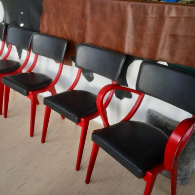 Vintage cafe stoelen herstofferen opnieuw bekleden by Dominikq Meubelstoffeerder