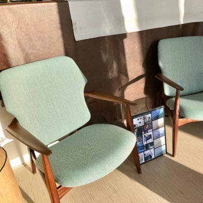 Vintage meubelen opnieuw bekleden herstofferen by Dominikq Design Stoffeerderij